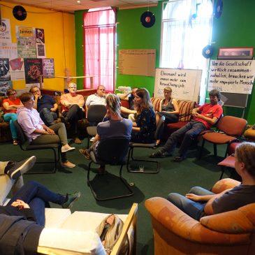 Diskussionsrunde über bürgerschaftliches Engagement