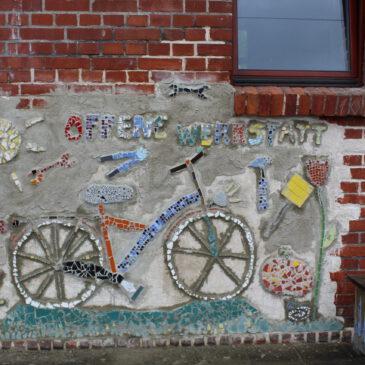 Aus Fliesenresten entsteht ein Mosaik